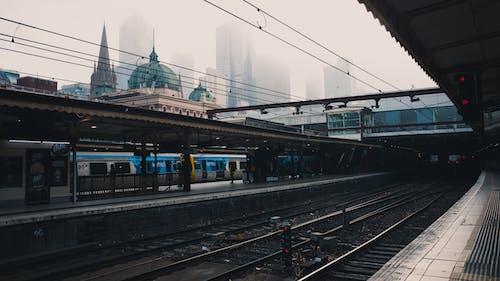 Photos gratuites de acier, bâtiments, brouillard, brumeux