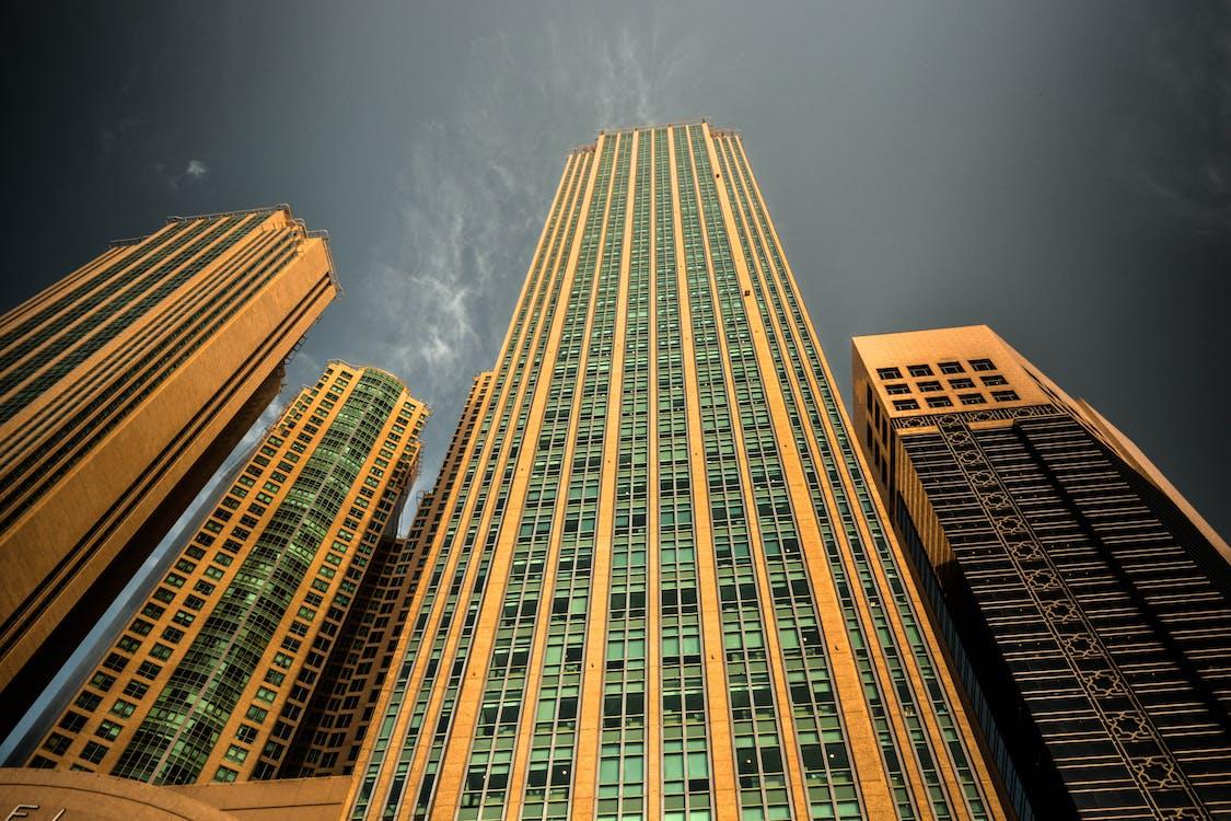 arkkitehtuuri, kaupunki, kuva alakulmasta