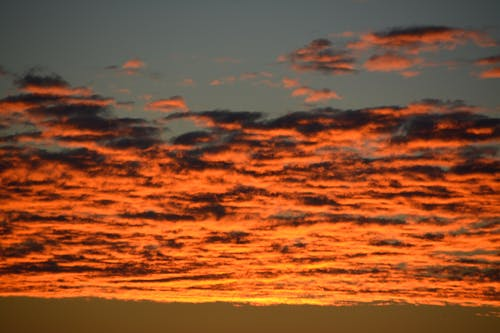 Δωρεάν στοκ φωτογραφιών με Ανατολή ηλίου, πορτοκαλί ουρανός, σύννεφα