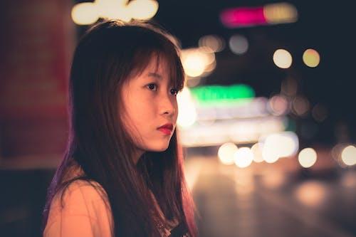 Gratis lagerfoto af asiatisk kvinde, Asiatisk pige, brunette, by