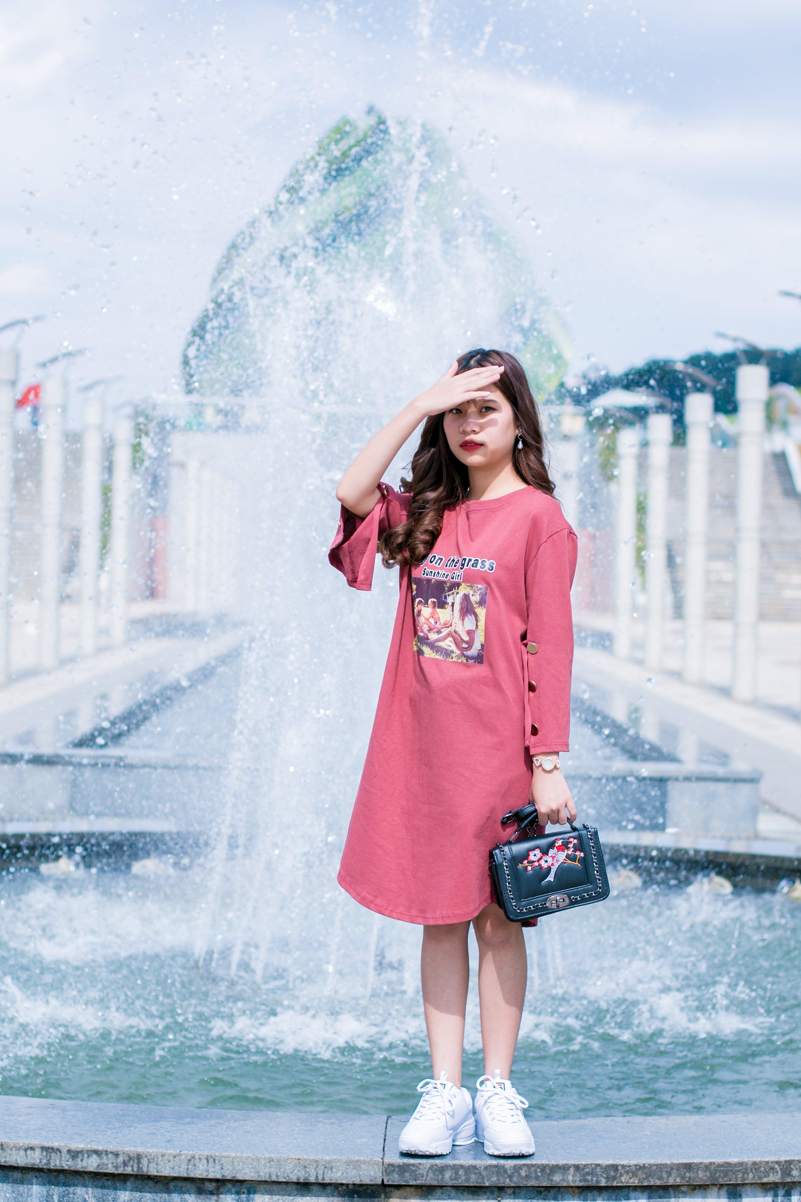Women's Pink Crew-neck Long-sleeved Dress
