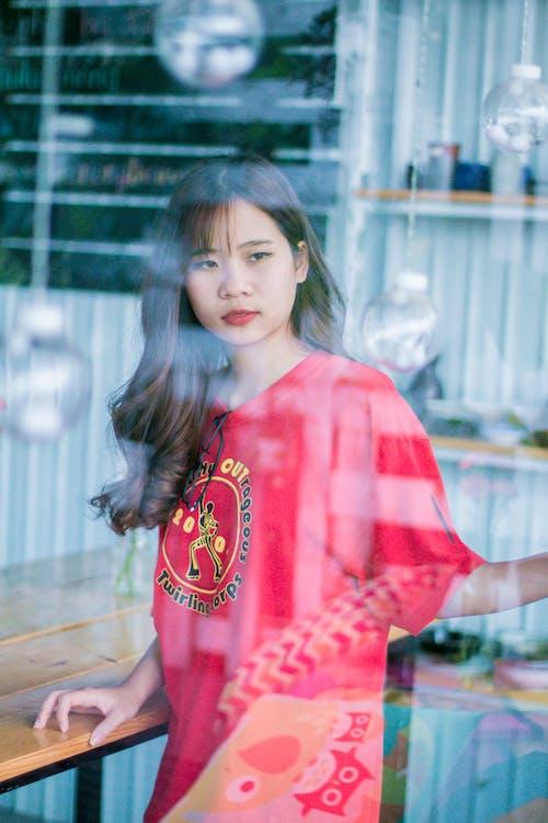 Gratis lagerfoto af asiatisk kvinde, Asiatisk pige, dagslys, ensom