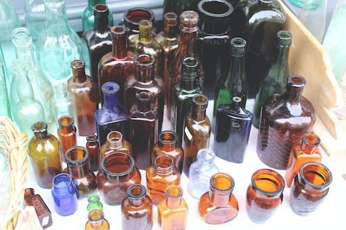 Kostenloses Stock Foto zu aufsicht, bunt, bunte flaschen, chillen