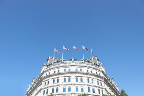 Foto stok gratis Arsitektur, bangunan, bendera, besar