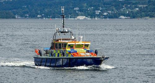Ingyenes stockfotó indítás, rendőrség, szállítás, teljesítmény csónak témában