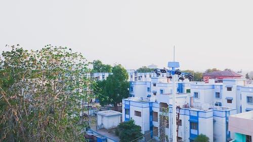Foto stok gratis air, apartemen, Arsitektur, bangunan