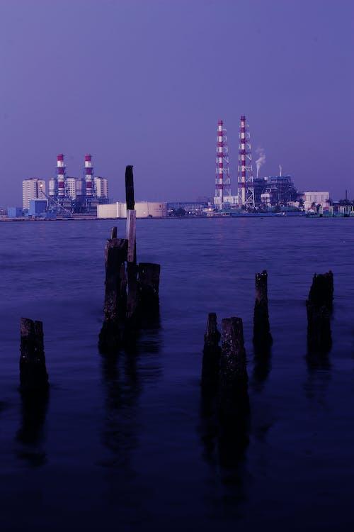 Foto profissional grátis de água, azul, céu, fábrica