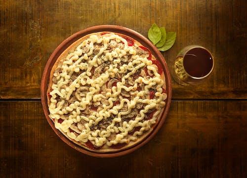 Photos gratuites de bois, bois et pizza, champignons, fromage