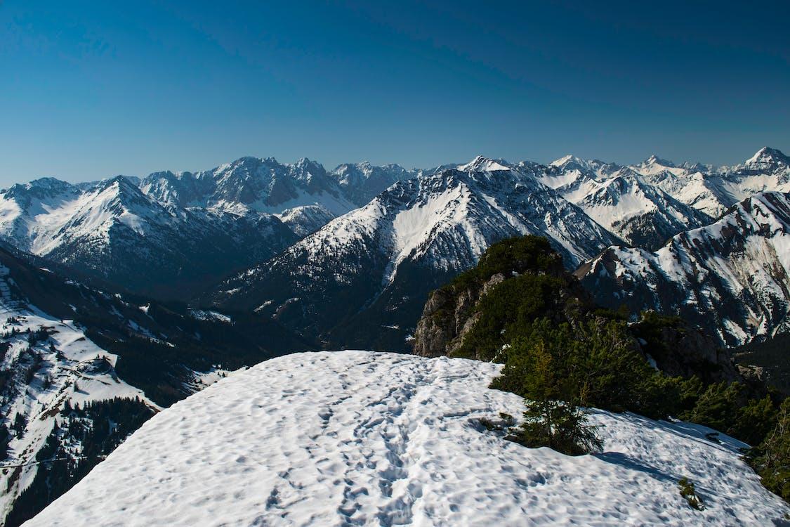 alpejski, alpy, błękitne niebo