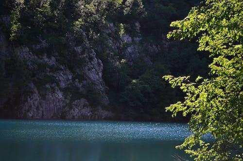 Foto profissional grátis de cachoeira, céu, Croácia, montanha