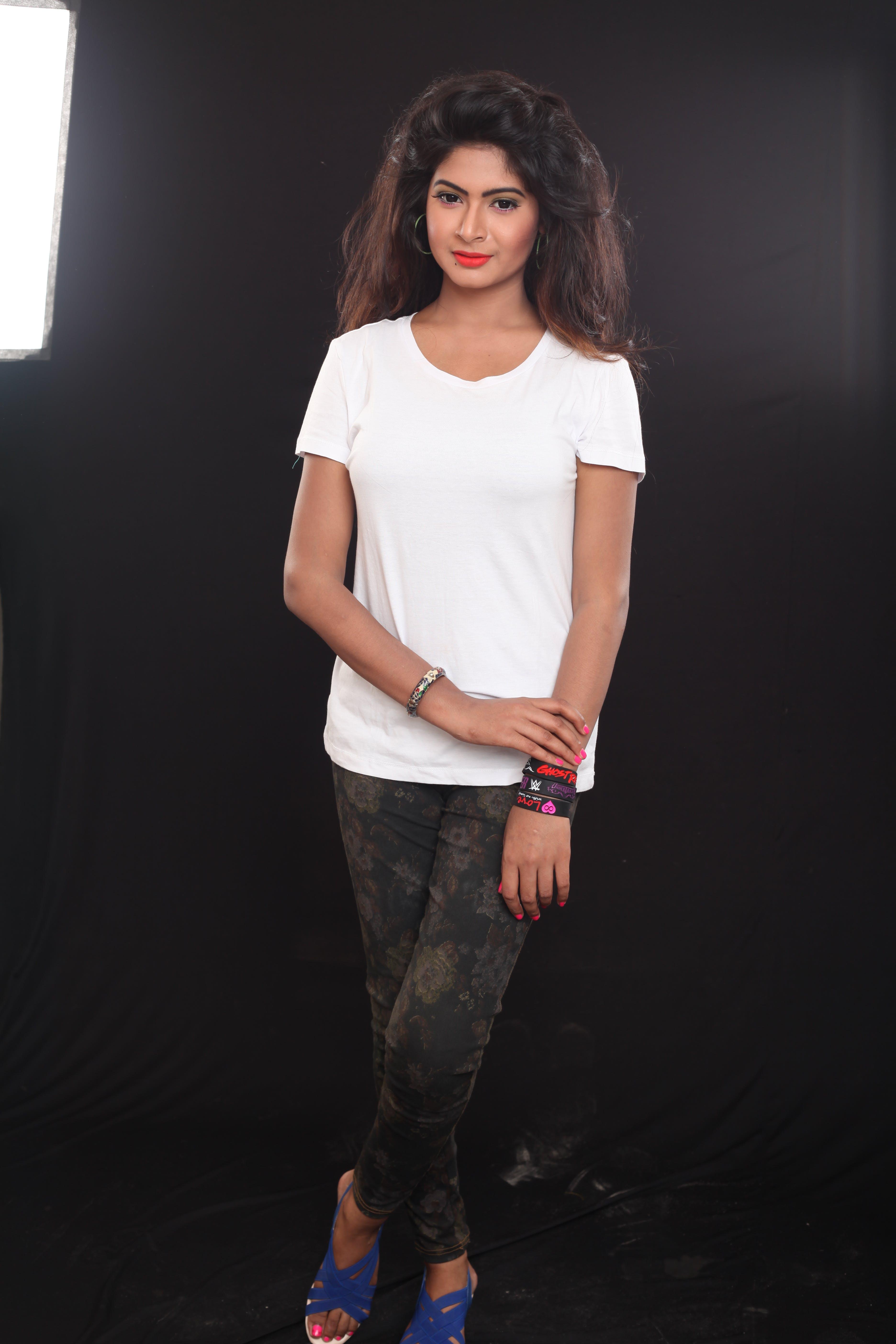 Free stock photo of white tshirt female