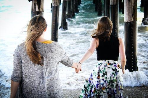 Ảnh lưu trữ miễn phí về bên bờ biển, cô gái, giải trí, giống cái