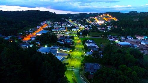 Gratis lagerfoto af cidade interiør noturna, drone, fazer alto, vista aé rea