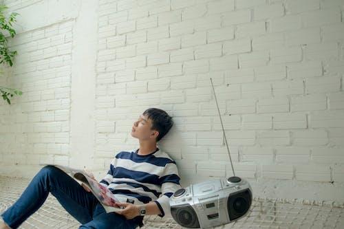 Darmowe zdjęcie z galerii z azjata, azjatycki chłopak, bezprzewodowy, chłopak