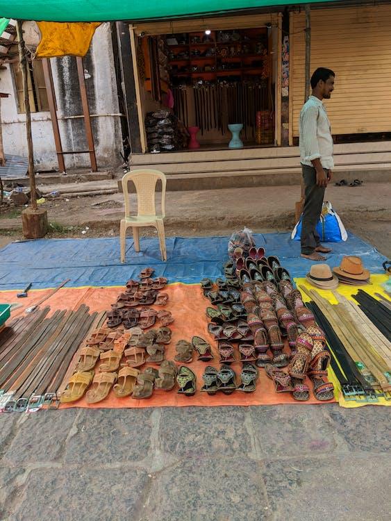 móda, pantofle, pouliční trh
