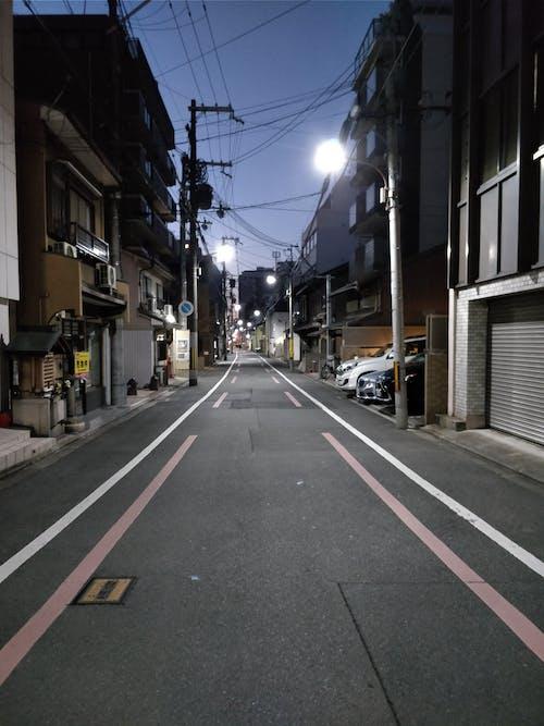 Foto d'estoc gratuïta de carrer, carrer buit, cel nocturn, Japó