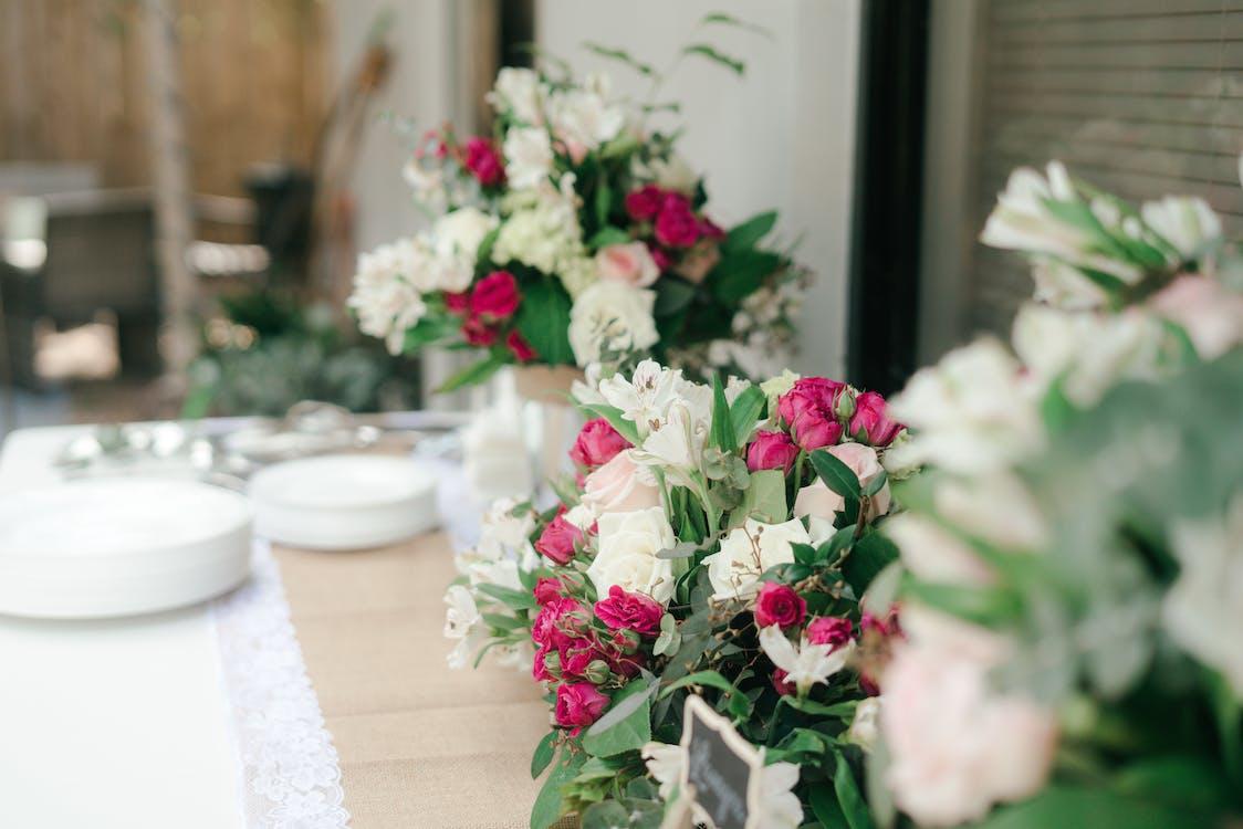 aranžování květin, barva, design interiéru
