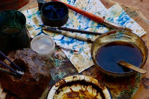 boya, boya fırçaları, boya malzemeleri, boyama içeren Ücretsiz stok fotoğraf