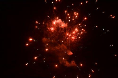 Fotos de stock gratuitas de caballero, Cielo oscuro, foto abstracta, fuegos artificiales