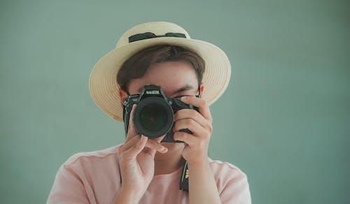 Безкоштовне стокове фото на тему «всередині, Гарний, Дівчина, дорослий»