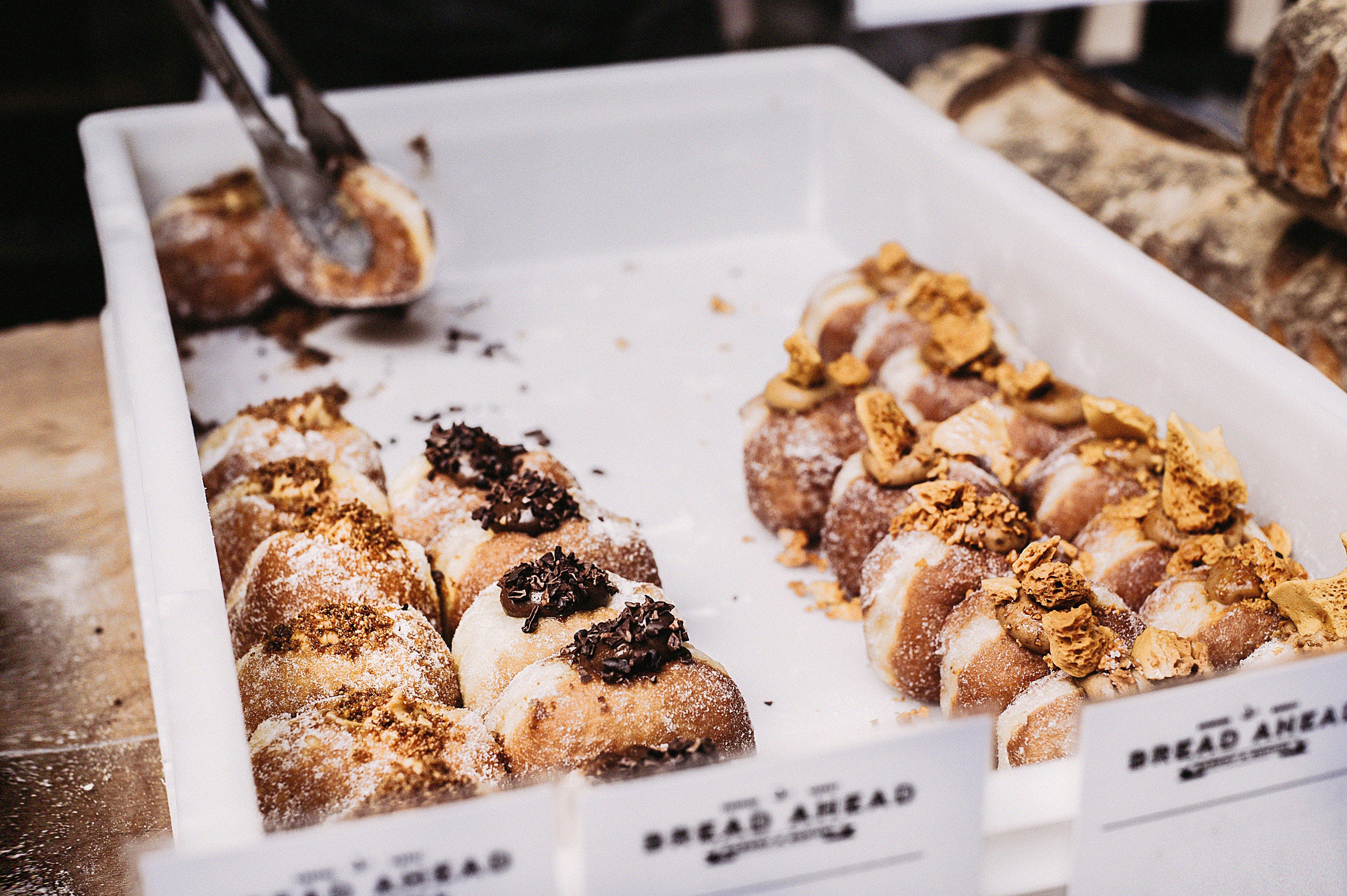 Foto profissional grátis de açúcar, alimento, assado, assando