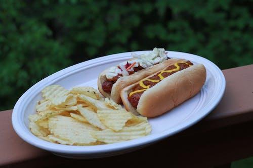 Ingyenes stockfotó burgonyaszirom, foodie, hotdogok, mustár témában