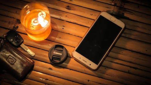 Бесплатное стоковое фото с canon, бамбуковый коврик, ключ от автомобиля, ночное время