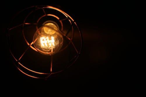 Kostenloses Stock Foto zu bar lichter, dunkel, glühbirne, lampe