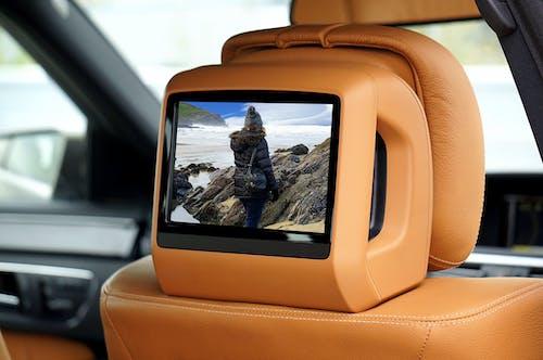 Základová fotografie zdarma na téma auto, automobil, interiér vozu, kožené sedačky