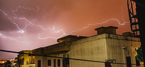 Безкоштовне стокове фото на тему «Блискавка, грім, гроза, дощ»
