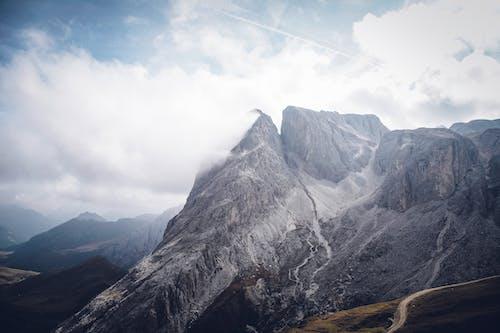 Kostenloses Stock Foto zu berge, felsig, gebirge, himmel