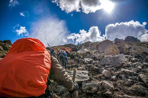Foto profissional grátis de alpinista, alvorecer, aventura, caminhar