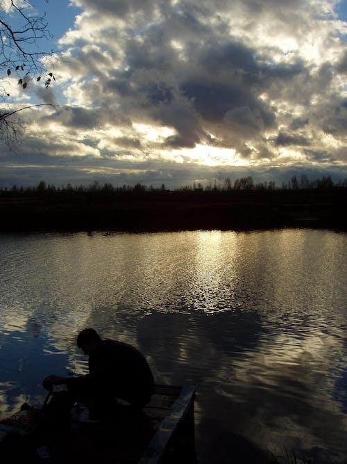 Fotos de stock gratuitas de nubes, nubes oscuras, oscuro, puesta de sol