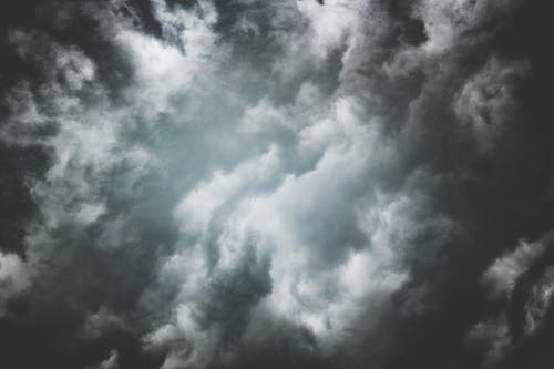1000 Beautiful Dark Clouds Photos Pexels Free Stock Photos