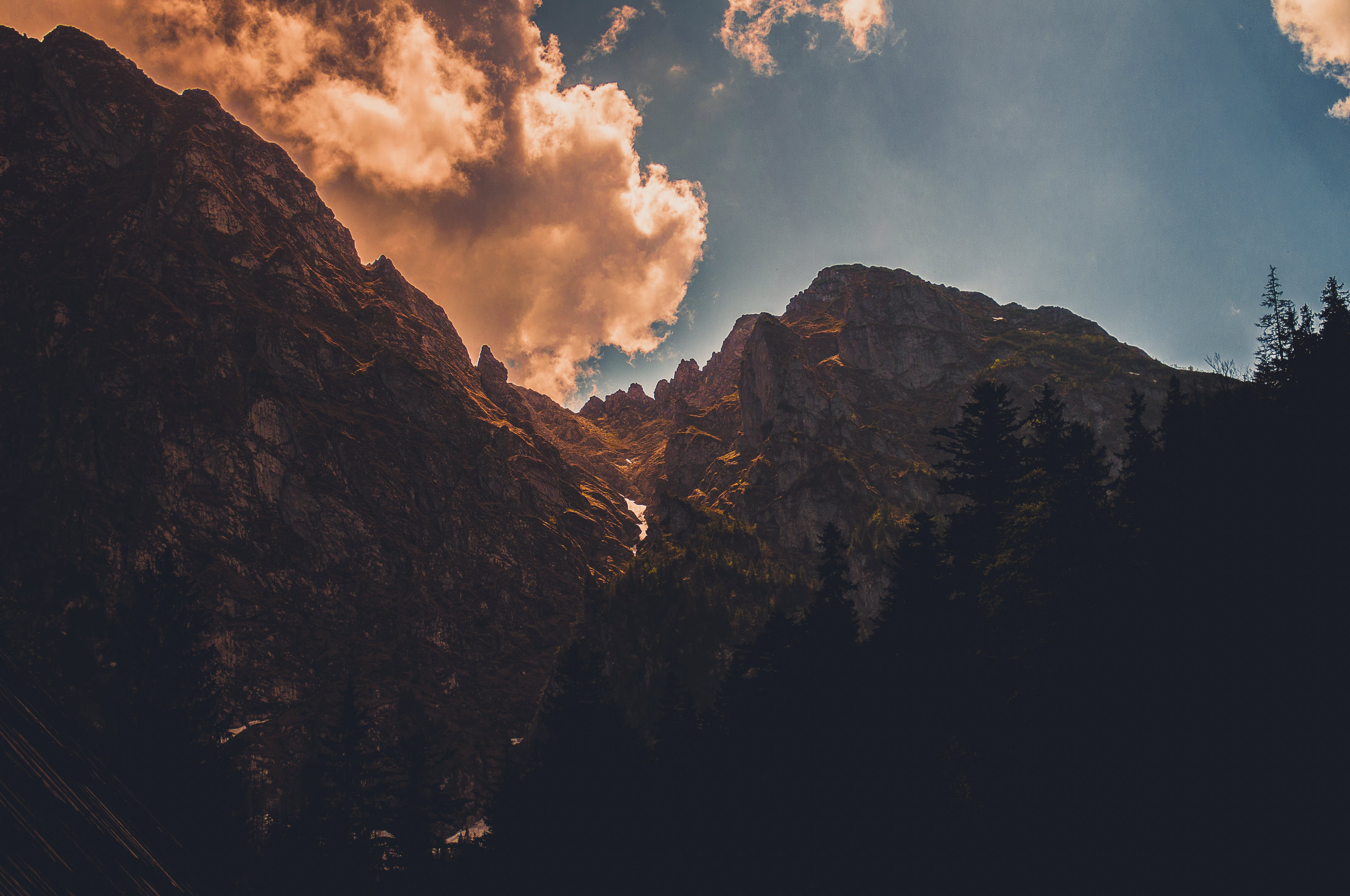 Photo of Rock Mountain Near Treers