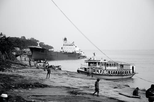 Foto d'estoc gratuïta de aigua, estil de vida, gent, vaixell