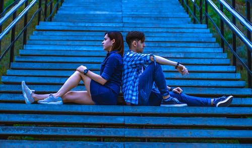 Foto d'estoc gratuïta de art, blau, cames, carrer