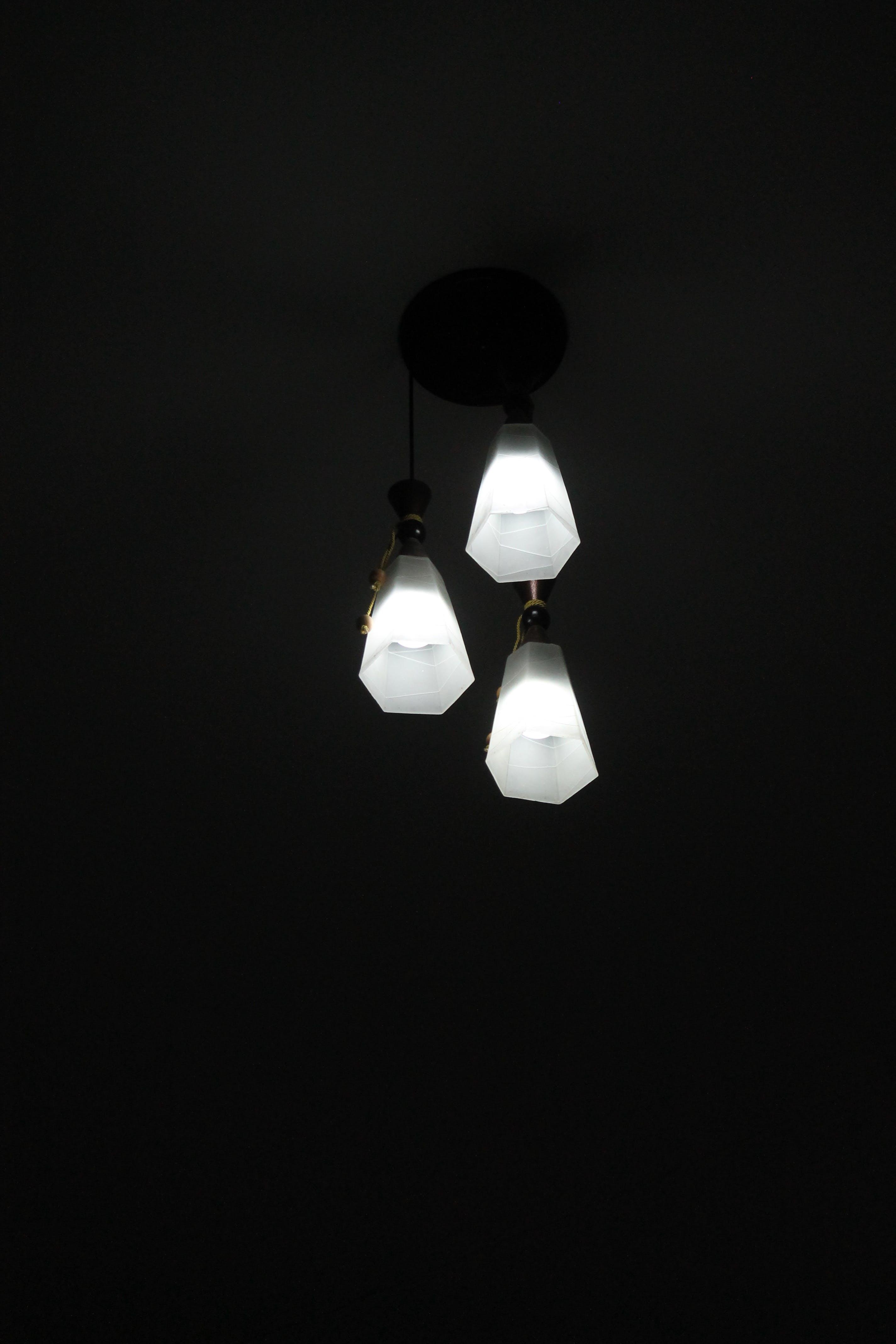 Kostenloses Stock Foto zu design, dunkel, elektrizität, farbe