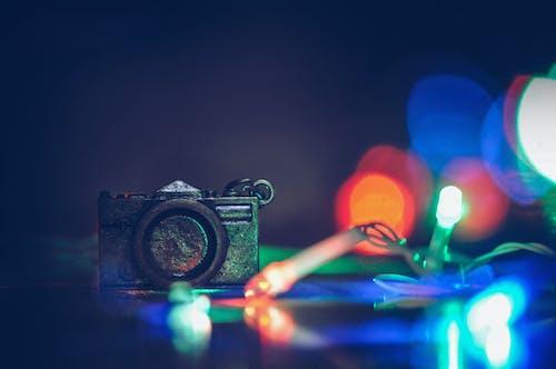 ampul dizisi, aydınlatılmış, bulanıklık, disko içeren Ücretsiz stok fotoğraf