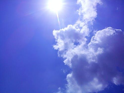 Darmowe zdjęcie z galerii z błękitne niebo, chmury, niebieski, niebo