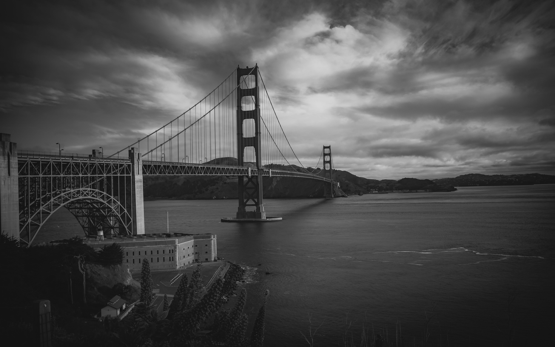 Kostenloses Stock Foto zu golden gate bridge, hübsch, ozean, schwarz und weiß