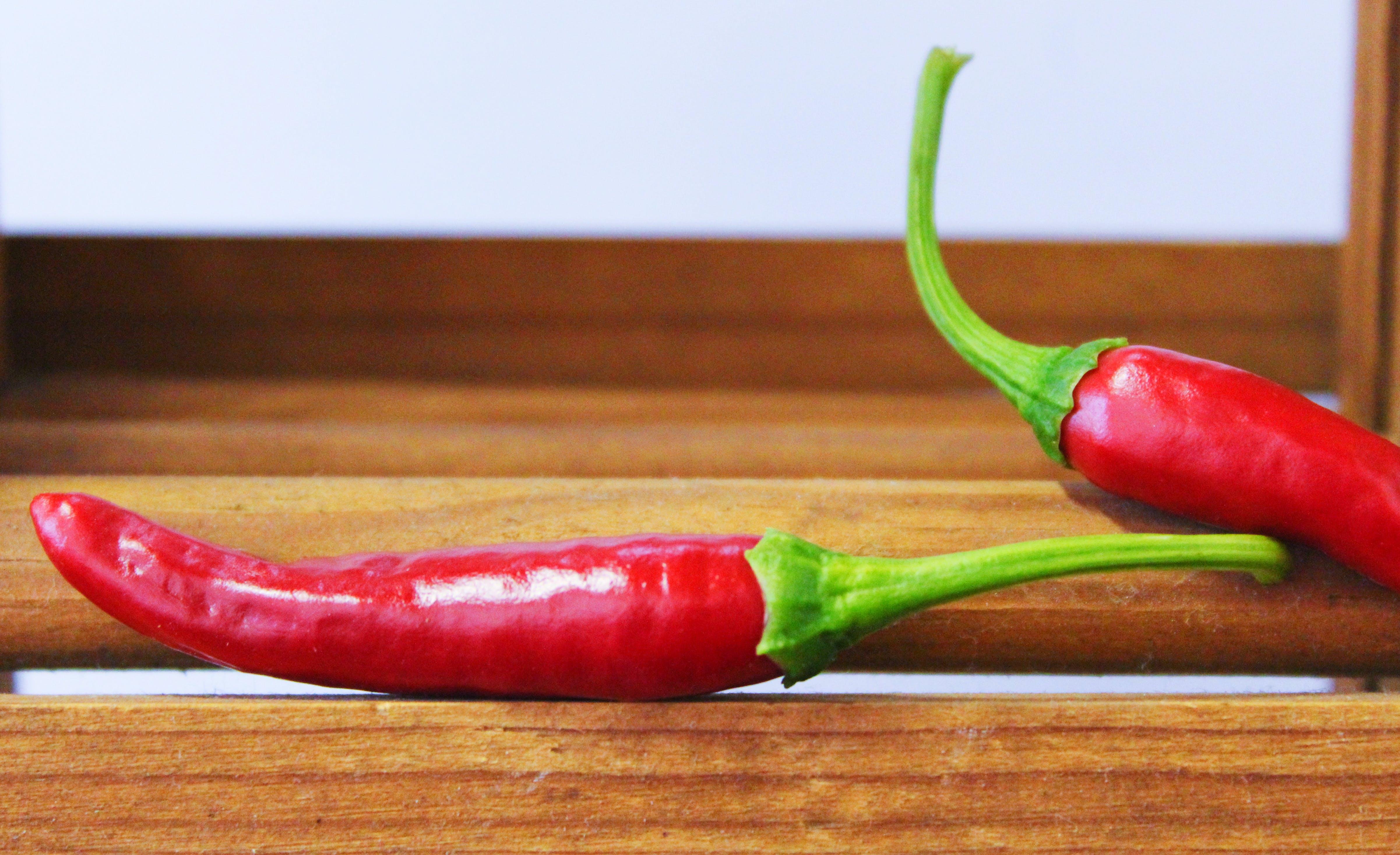 Kostenloses Stock Foto zu chili, essen, holz, restaurant