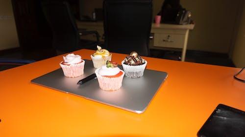 Kostnadsfri bild av alkoholfri dryck, bakad, bakat bakverk objekt, bärfrukt