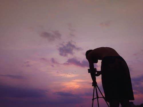 Ilmainen kuvapankkikuva tunnisteilla auringonlasku, hiekkaranta, kuvaaja, myymälän varasto