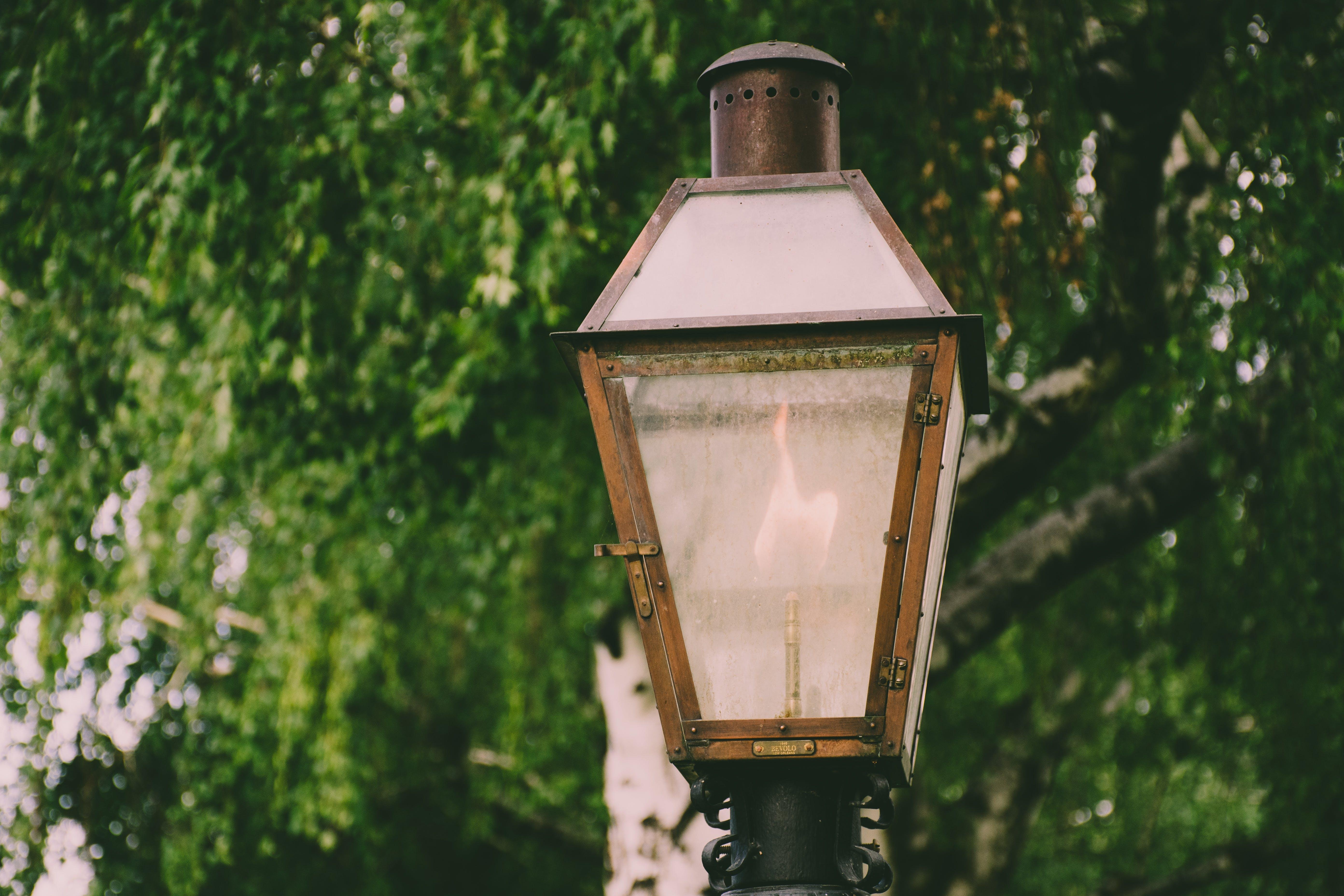 Lighted Brown Metal Post Lamp