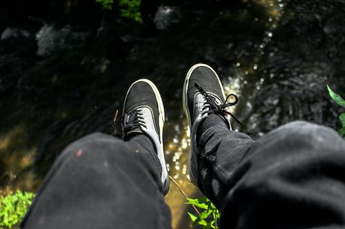 Free stock photo of feet, hang, nature