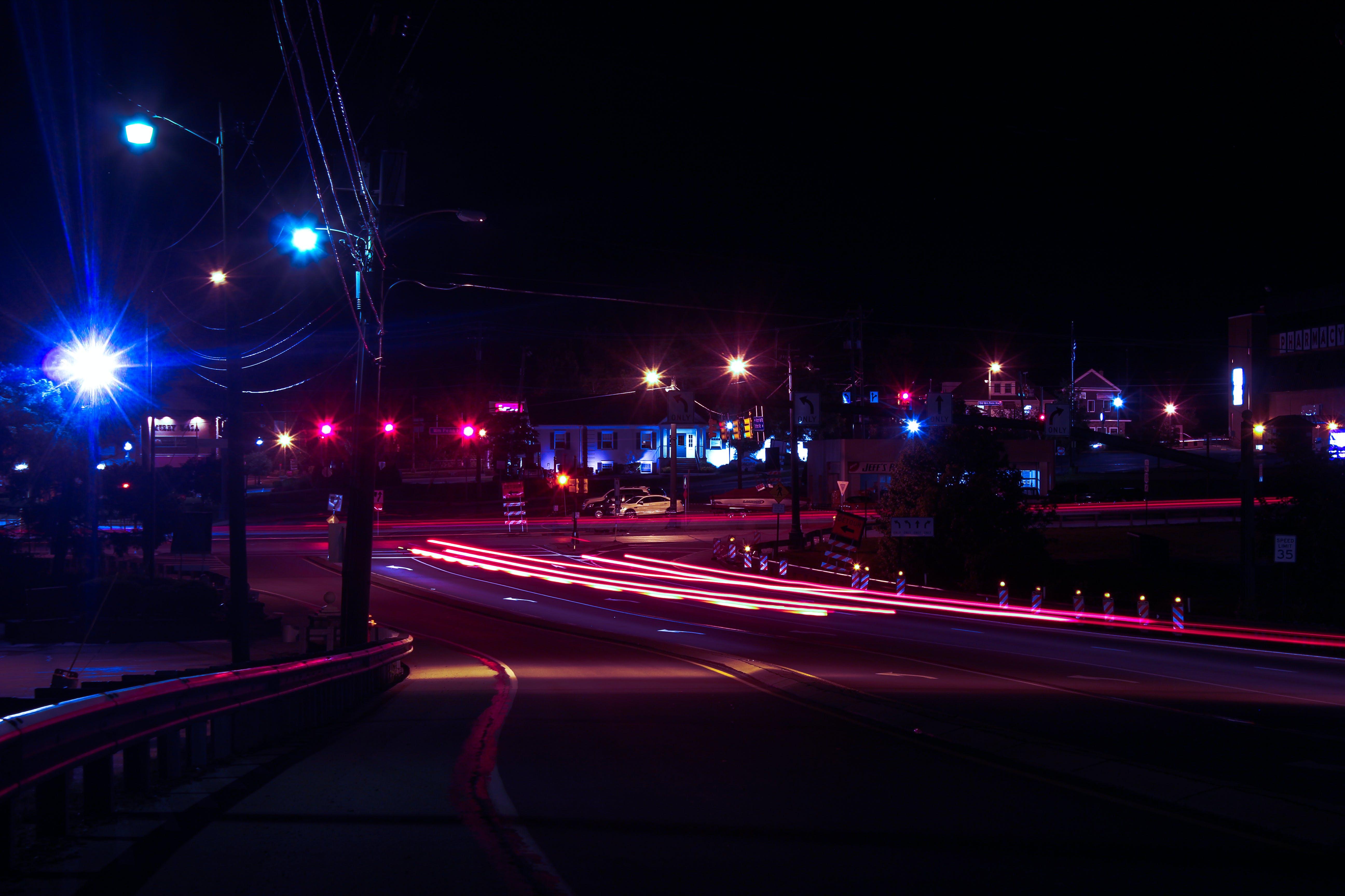 Foto d'estoc gratuïta de carretera, ciutat, exposició llarga, fosc