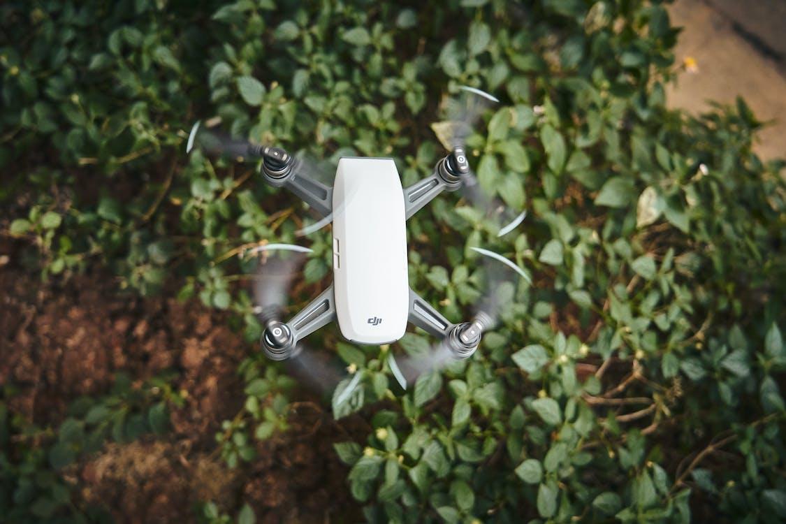 กล้องโดรน, การบิน, การเจริญเติบโต