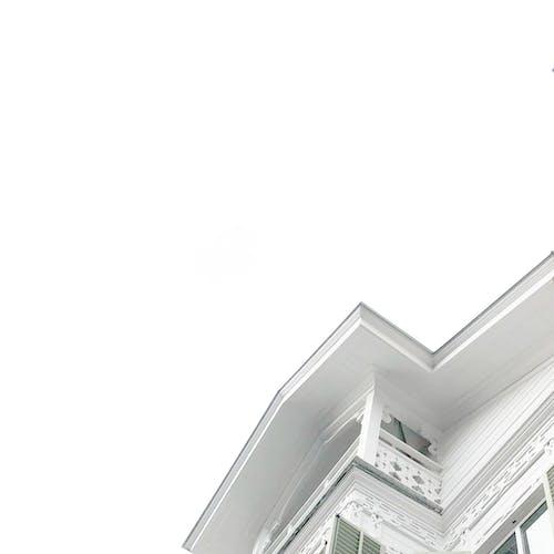 Foto d'estoc gratuïta de arquitectura, assolellat, edifici, foto amb angle baix