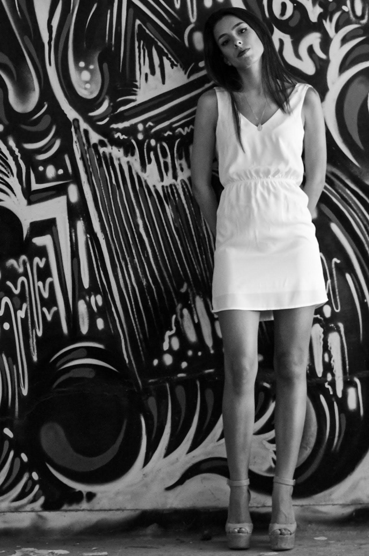 Fotos de stock gratuitas de abandonado, blanco y negro, bonito, ligero